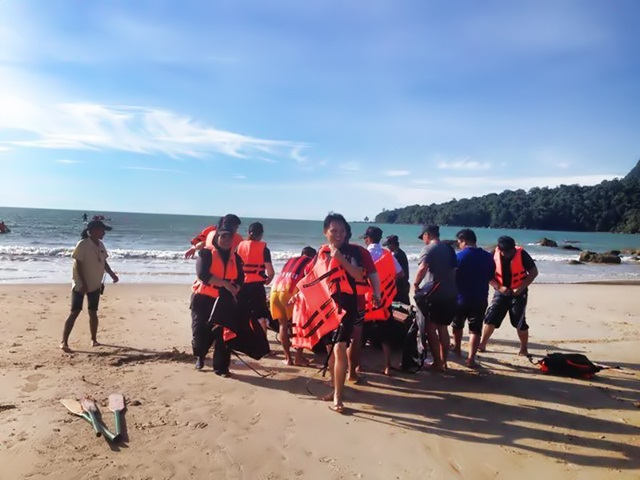 Safety instructions before doing water activities