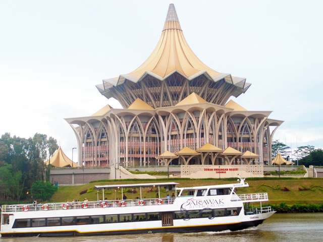 Njoy Maswings Kuching Day Trip